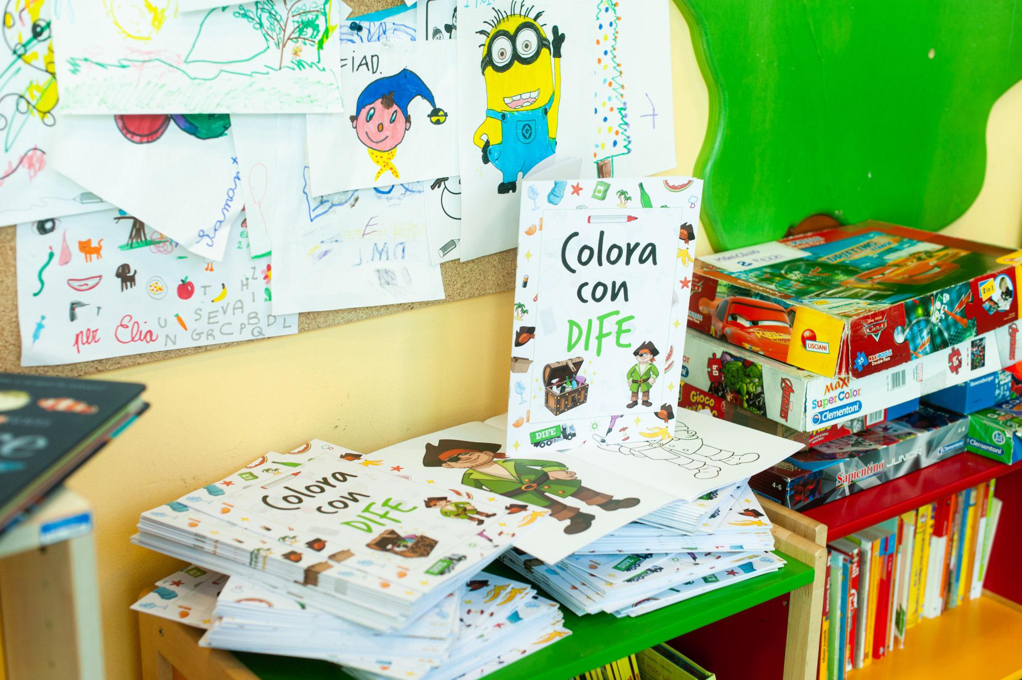 """I 100 volumi del libro da colorare """"Colora con Dife"""""""