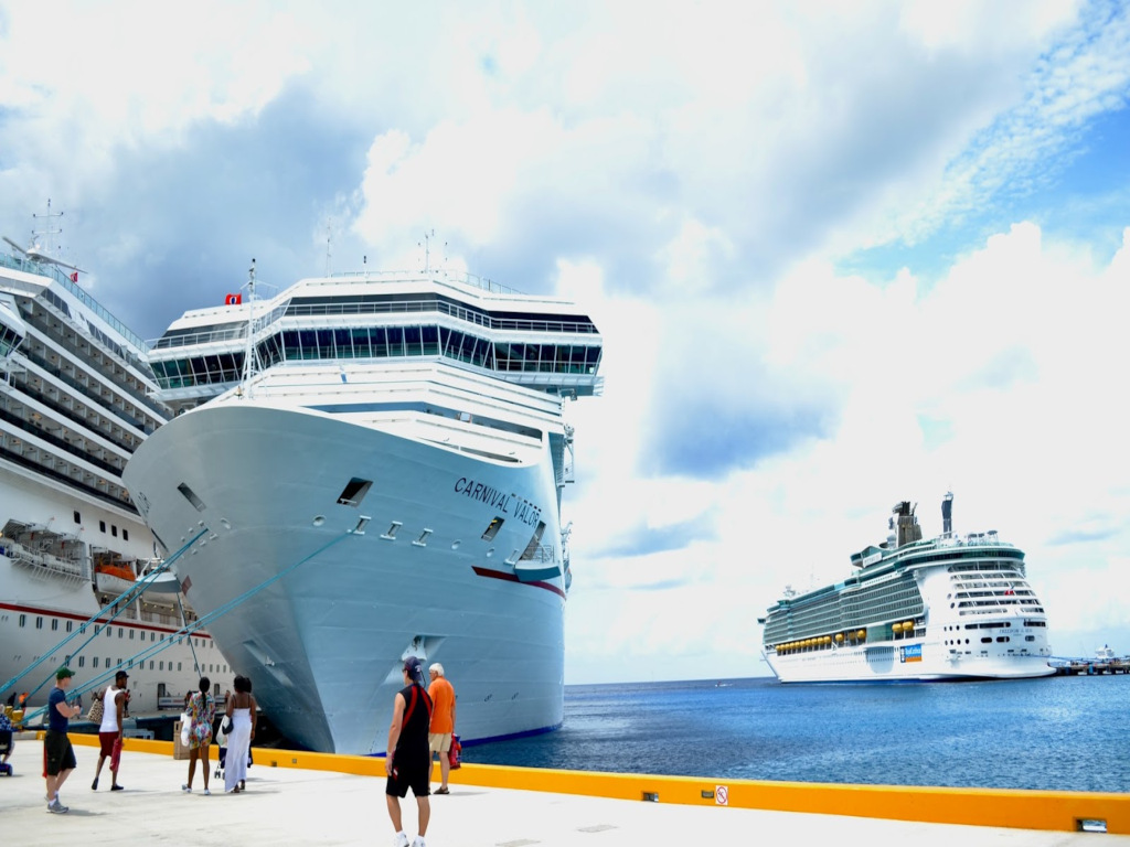 Will I need a COVID-19 vaccine to cruise? A line-by-line guide