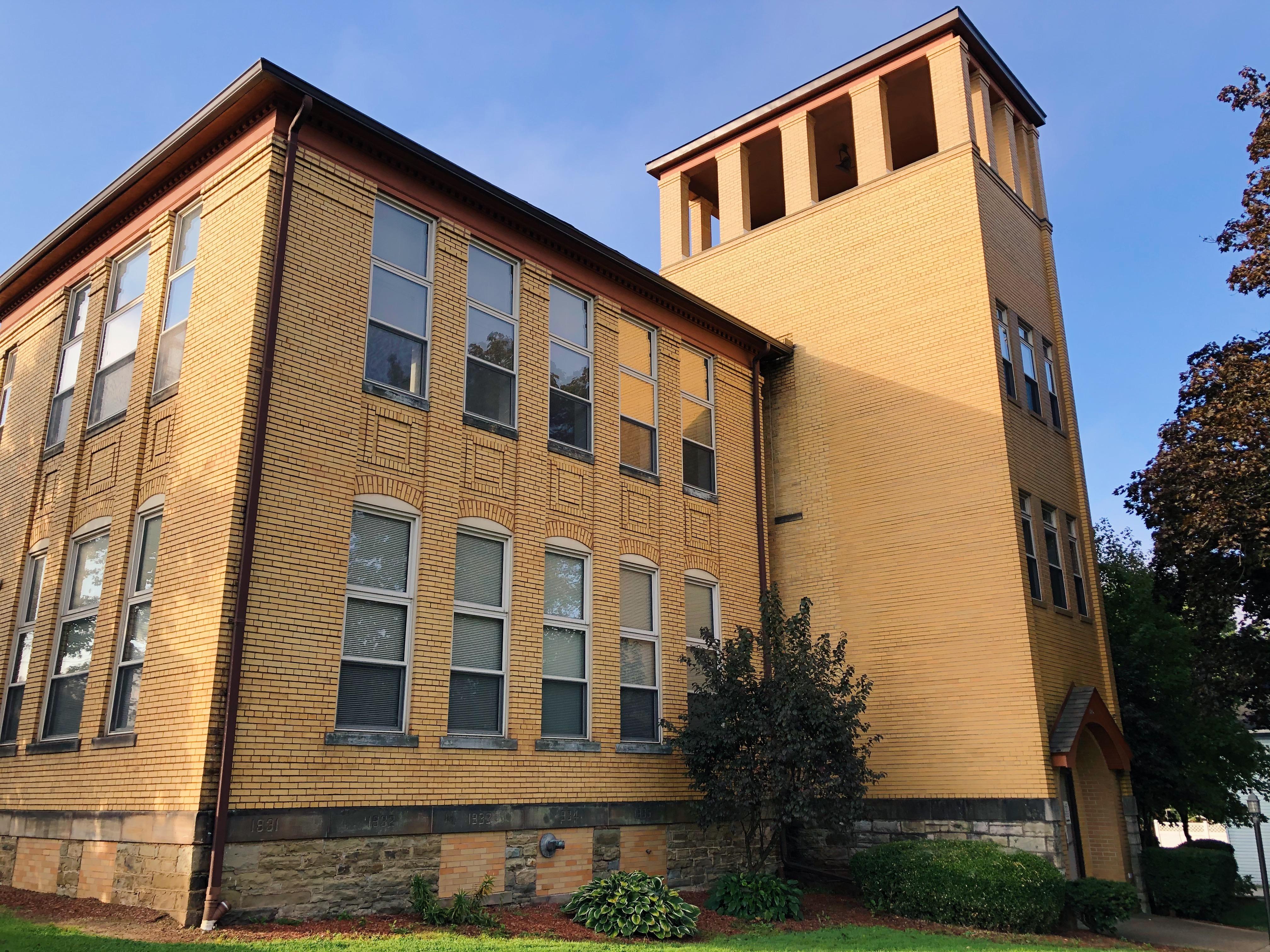 Schoolhouse Square