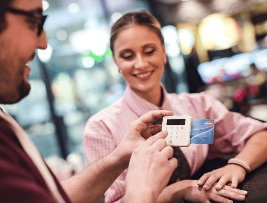 Kartenzahlungen mit Bargeldlos bezahlen Terminal