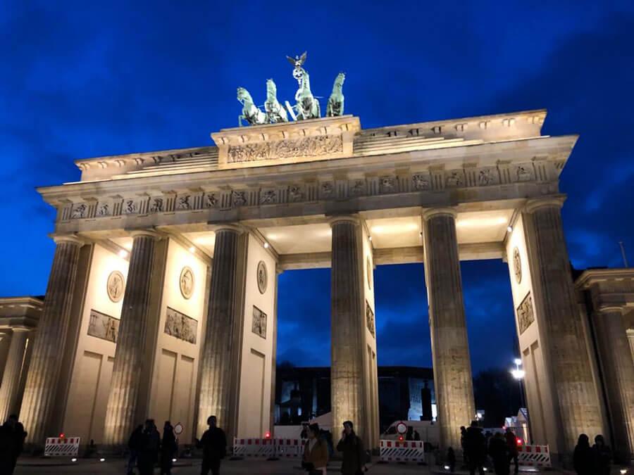 Guten tag, Berlin: DMC sets up German office