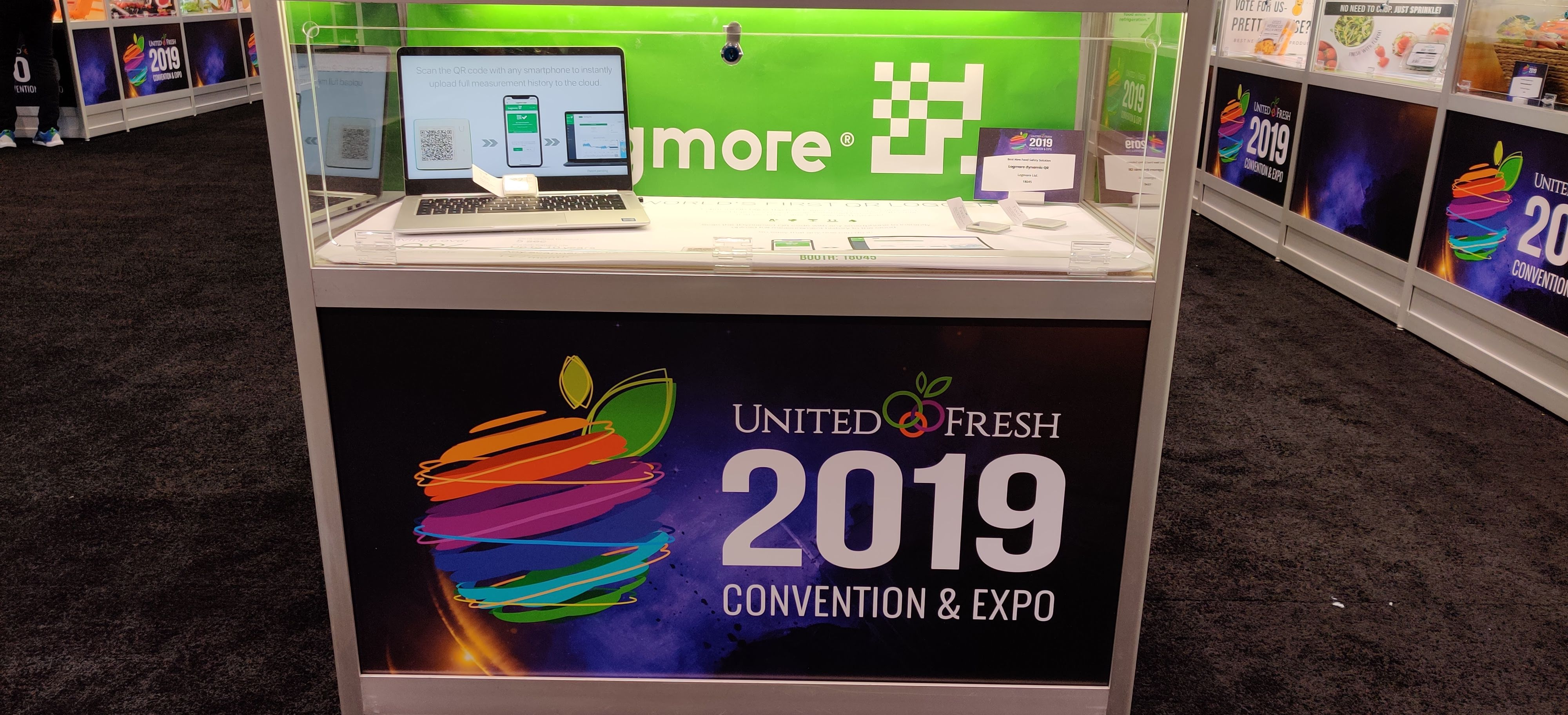 logmore-display-case-at-united-fresh