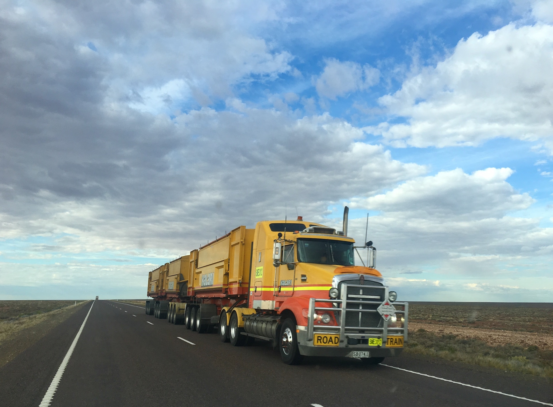 How Less-Than-Truckload (LTL) Freight Can Benefit Your Supply Chain –  Logmore Blog