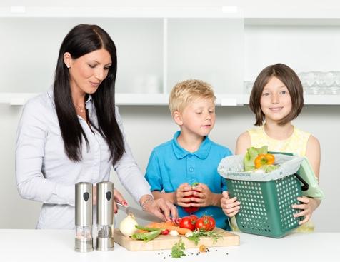 Familie verwendet Naturabiomat Produkte