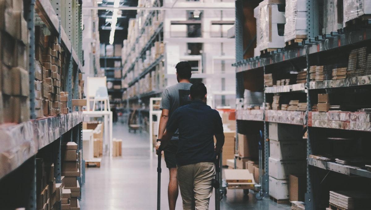 Cuidados para o transporte de produtos de higiene e limpeza