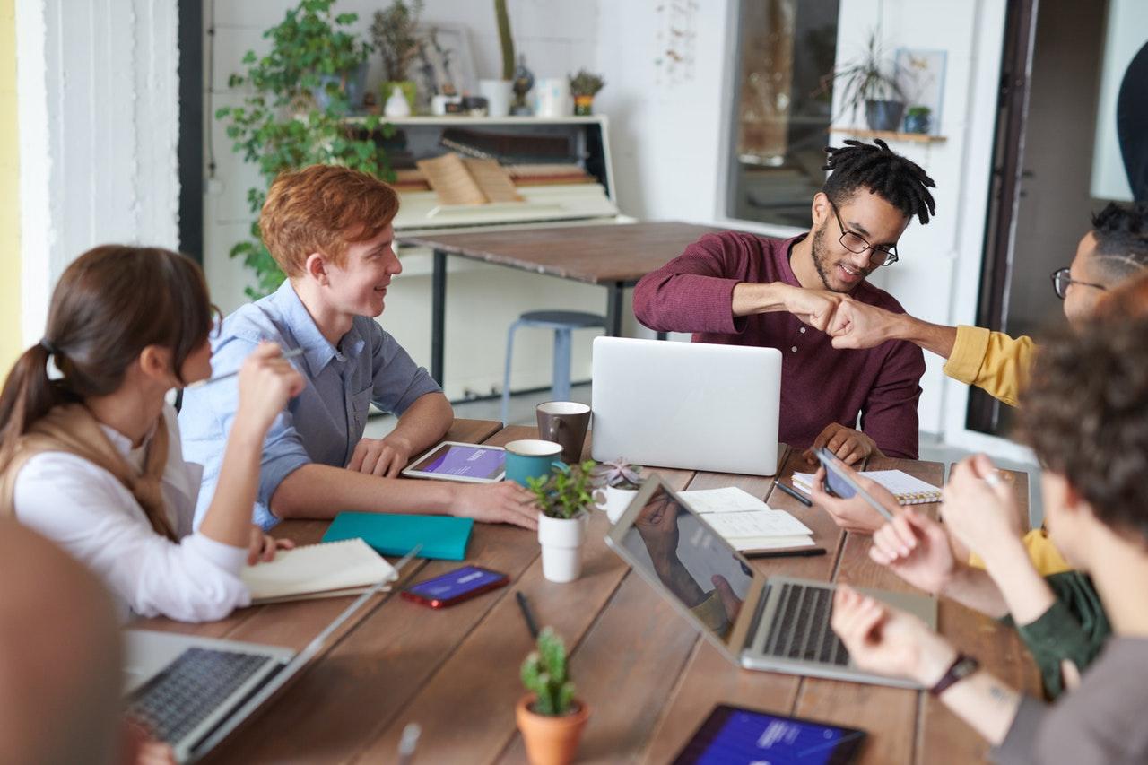 Logística de e-commerce: qual a importância de fazer gestão online