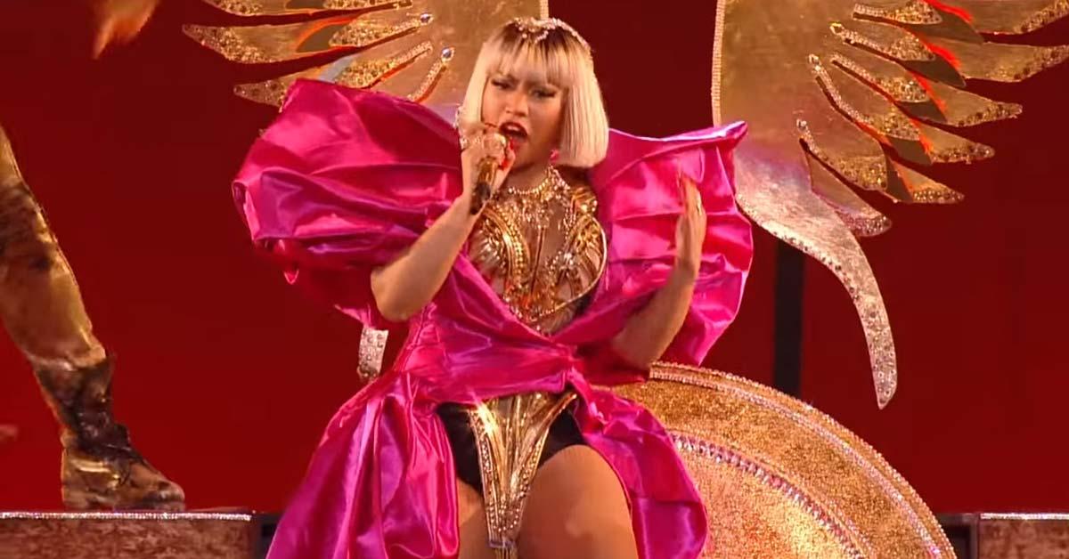 How Much Does Nicki Minaj Weigh | Weigh Everything