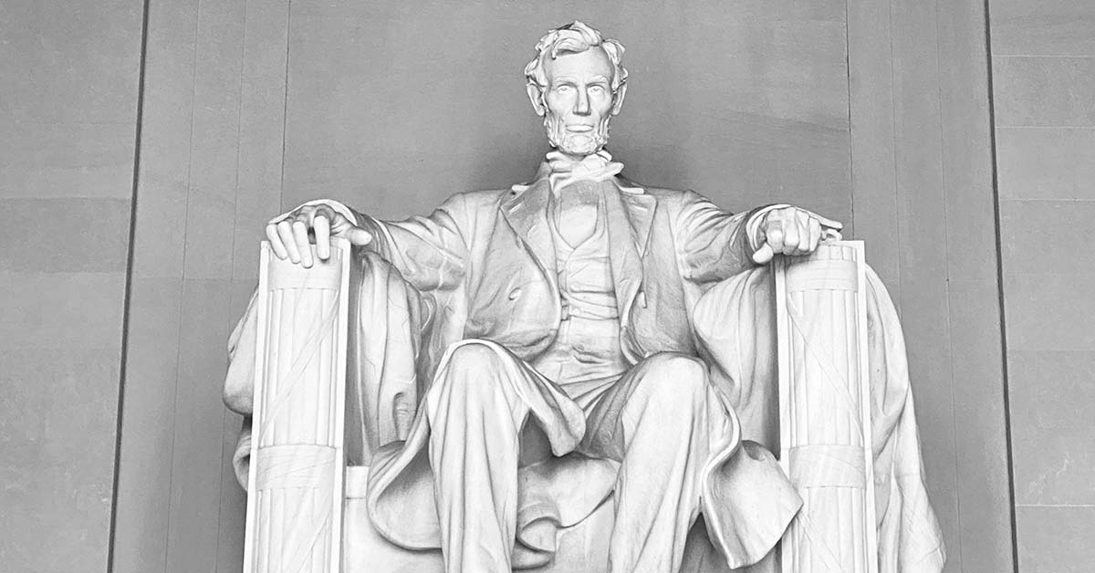 How Much Does The Lincoln Memorial Weigh? | Weigh Everything