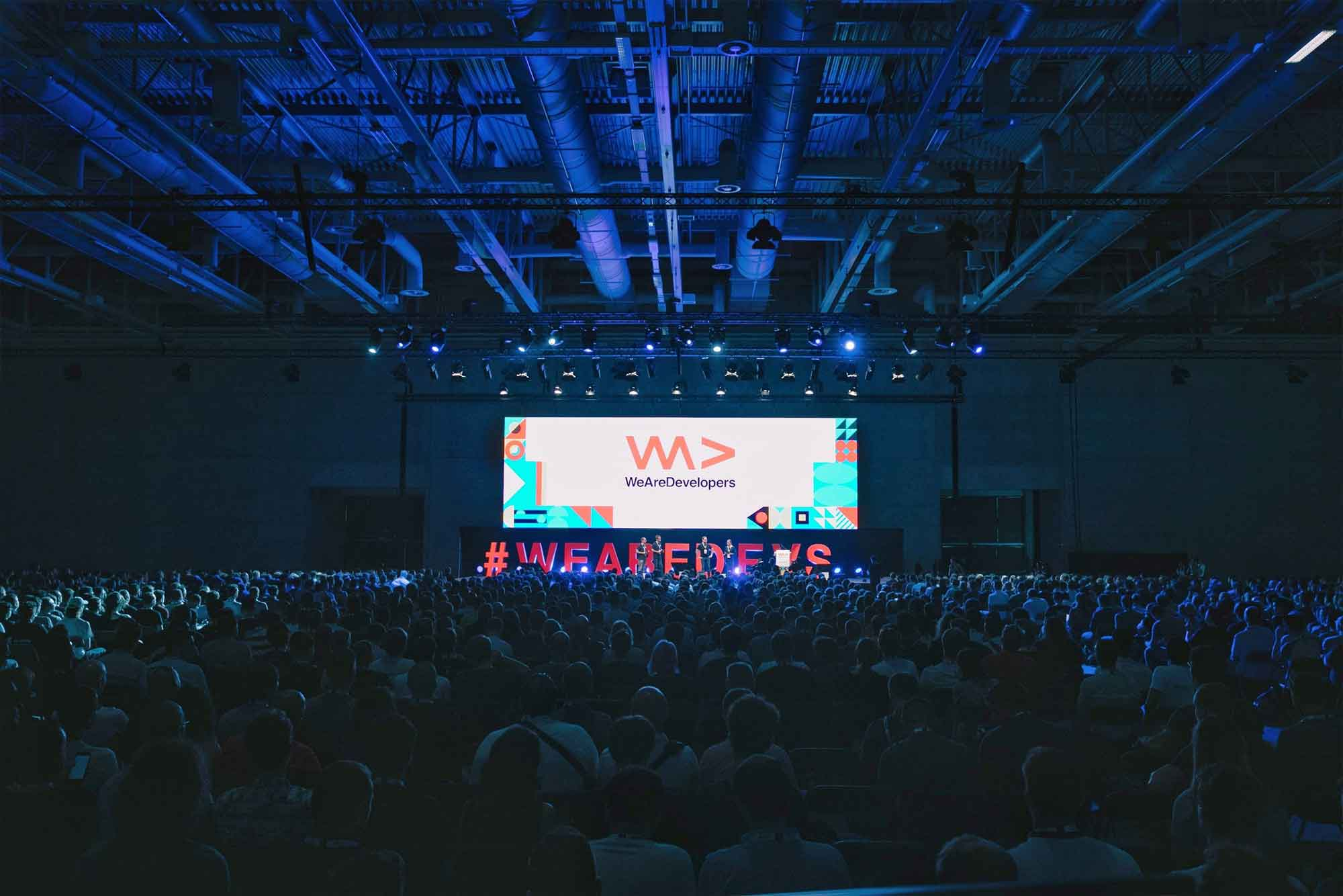 10 benefits of going to developer conferences