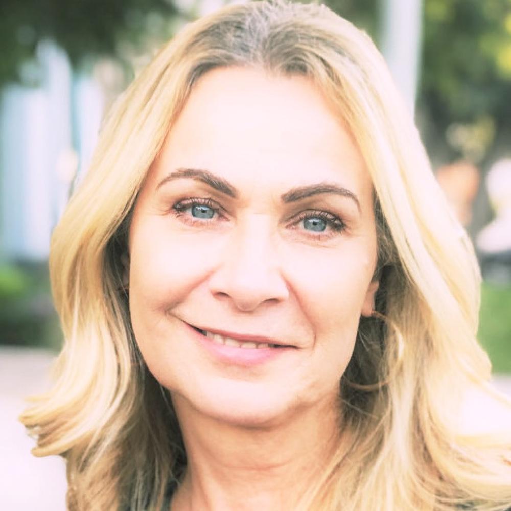 Karen Webley Headshot