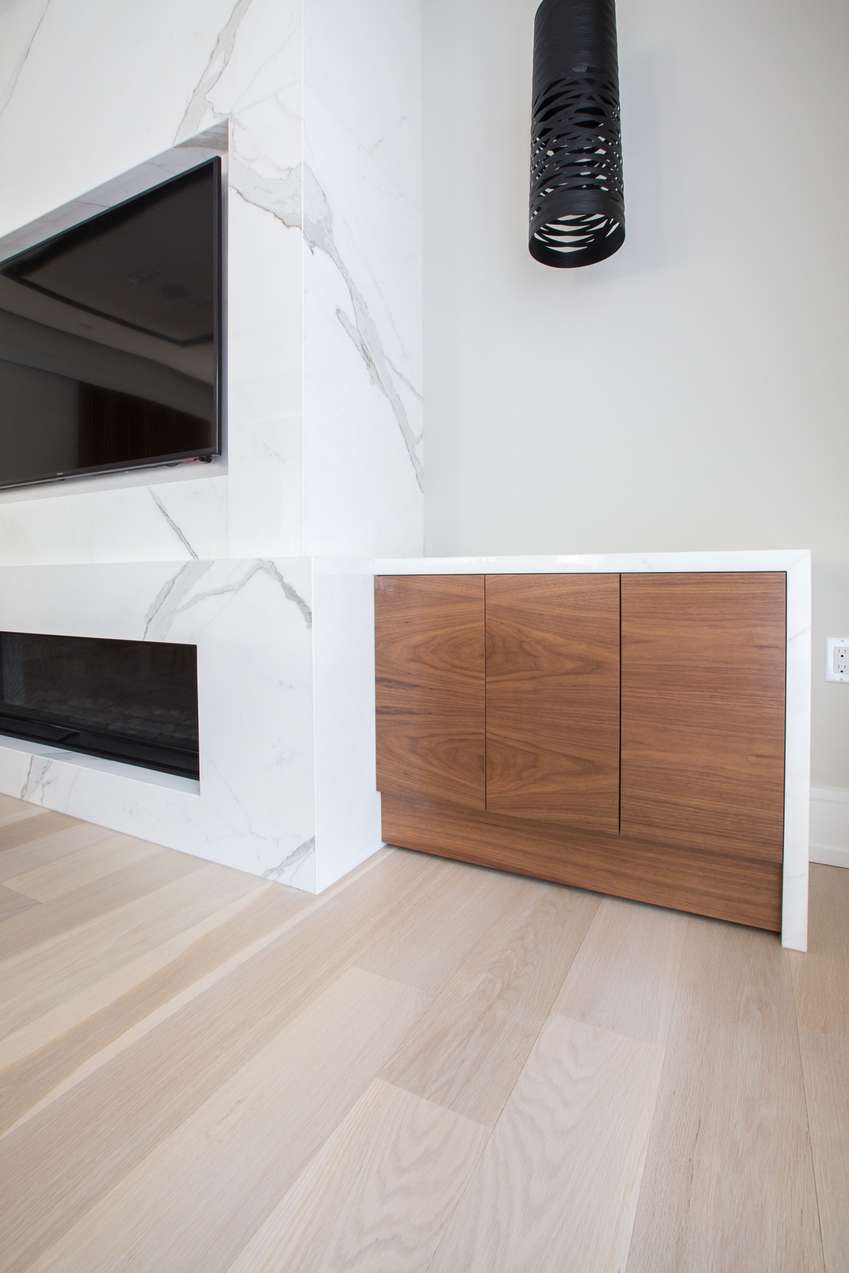 TV with wood side table