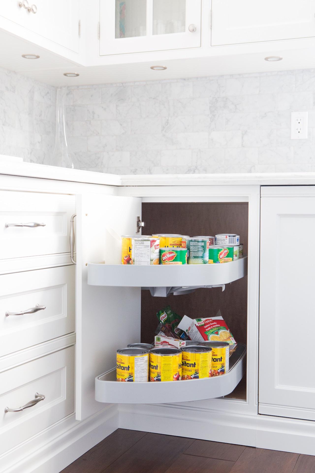 NIICO kitchen pantry open