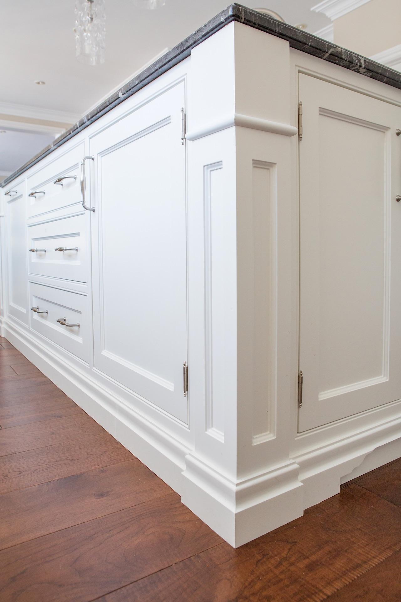 NIICO kitchen island white