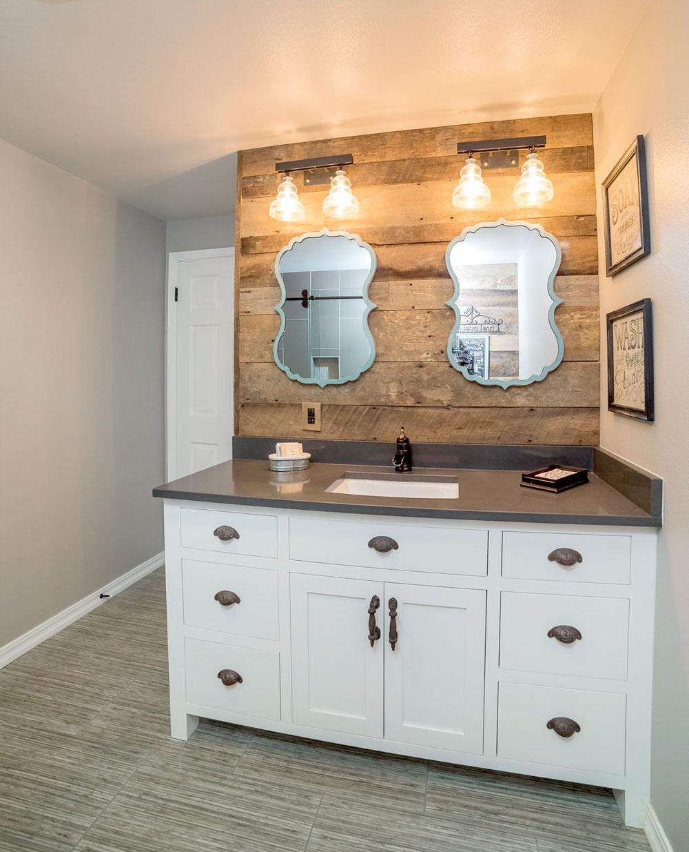 Farmhouse Guest Bathroom Vanity