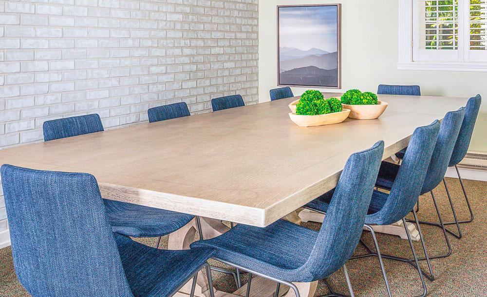 Modern Farmhouse Dining Area