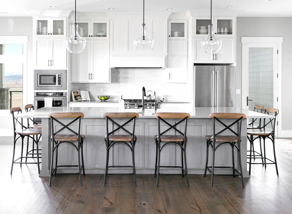 Modern Farmhouse Kitchen Design and Decor