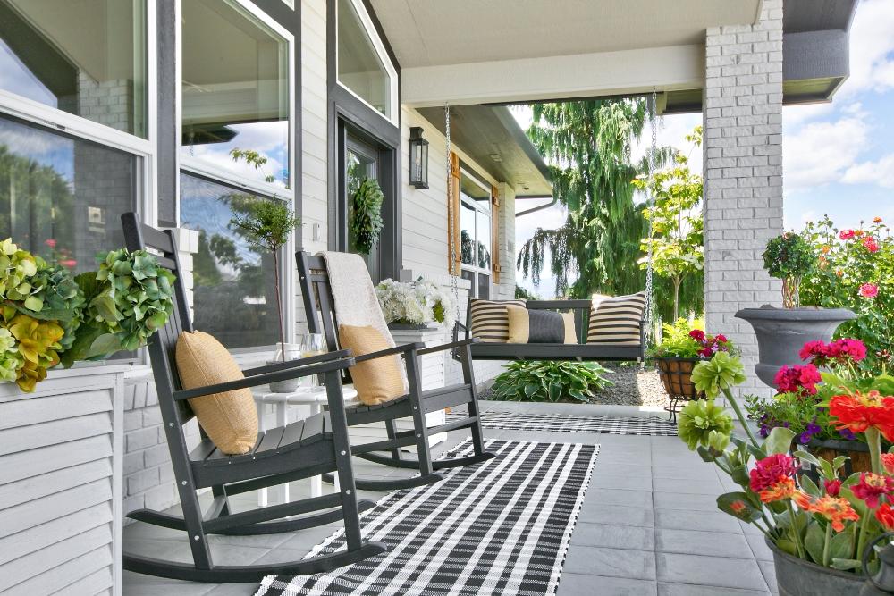 Modern Farmhouse Outdoor Living