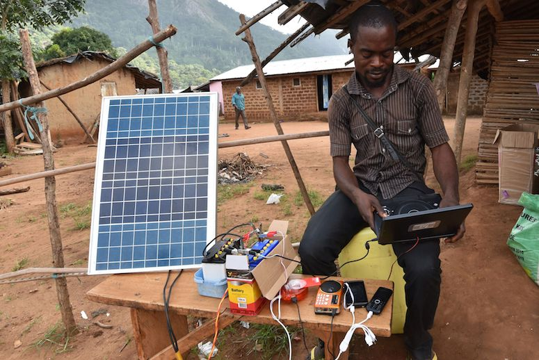 https://i1.wp.com/techpoint.africa/wp-content/uploads/2017/09/Africa-microgrid-restrcited-solar-power.jpg?resize=775%2C518&ssl=1