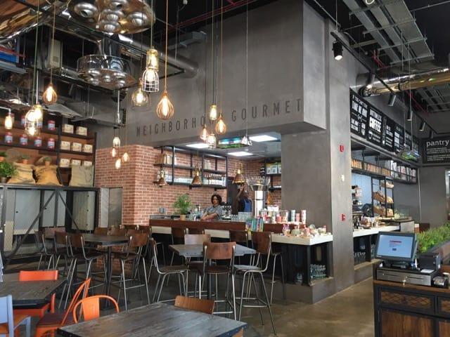 interior-design-consumer-retail-visual-merchandising-F&B-restaurant-dubai-sophisticated-contemporary