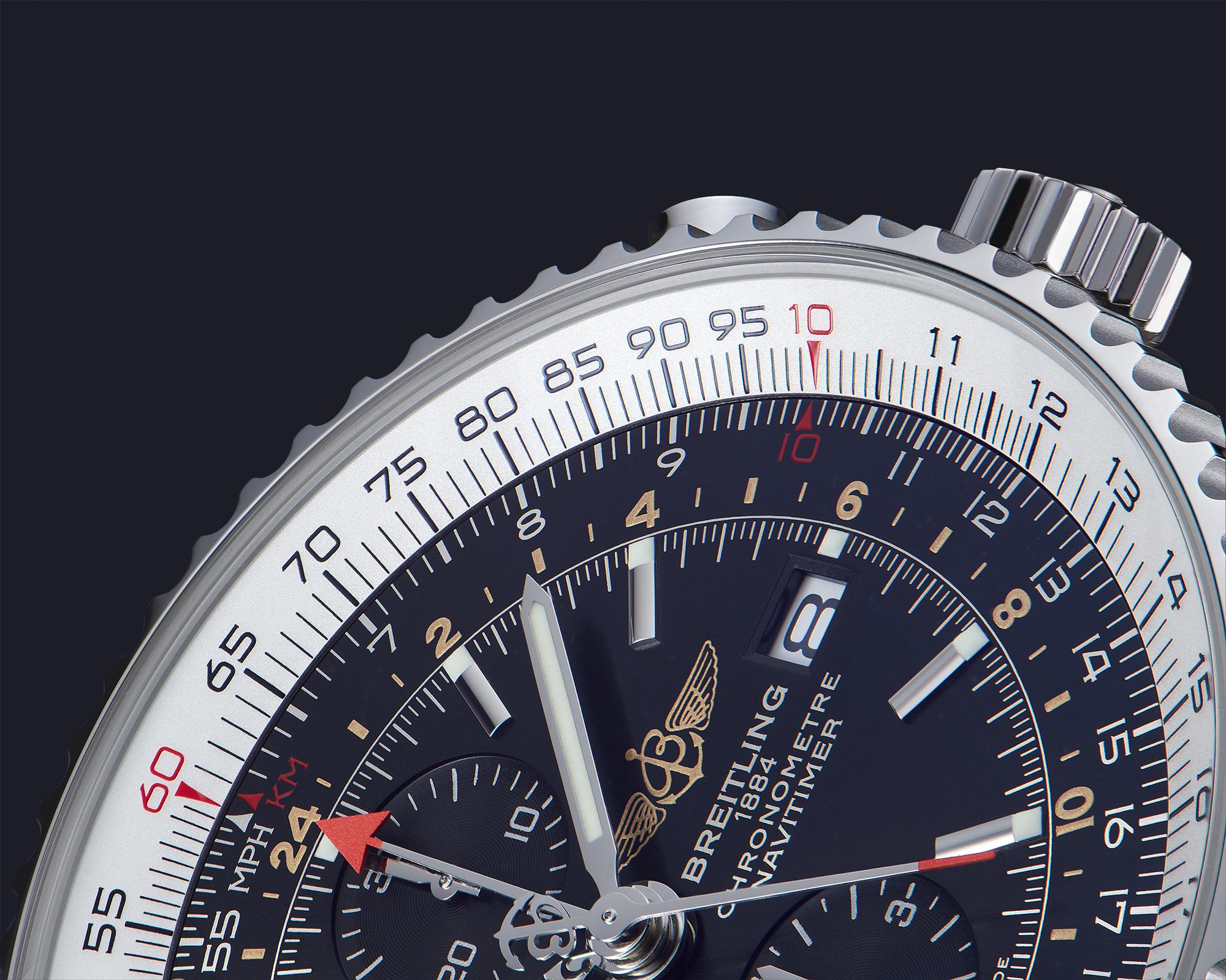 macrophotographie du cadran et des aiguilles d'une montre breitling