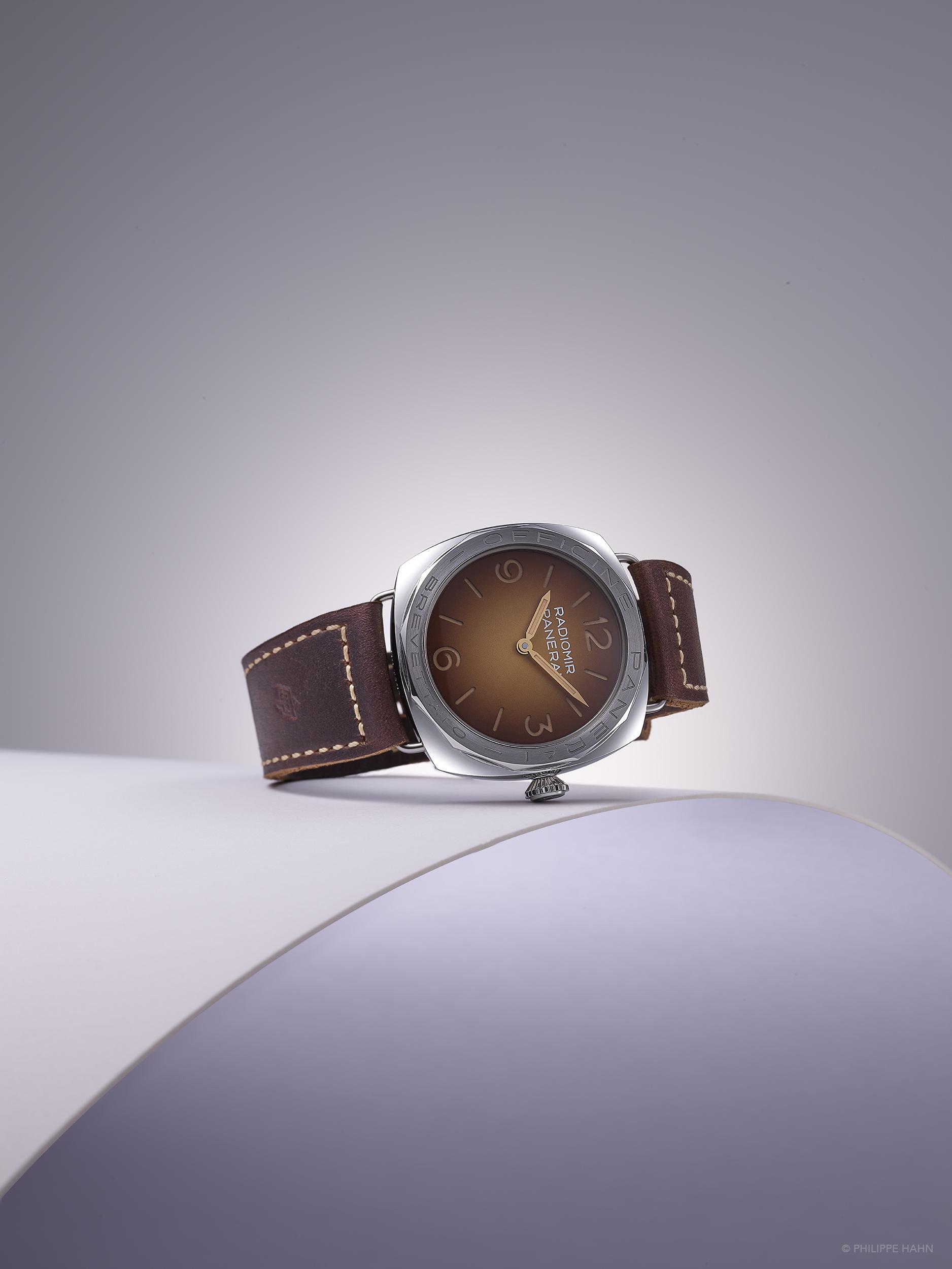 Photographie réalisé en Studio de la montre Panerai Radiomir par Philippe Hahn