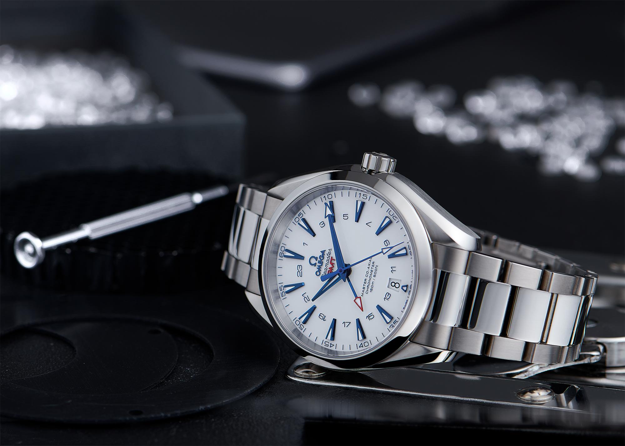 Image publicitaire still life de la montre Seamster Omage par le photographe Philippe Hahn