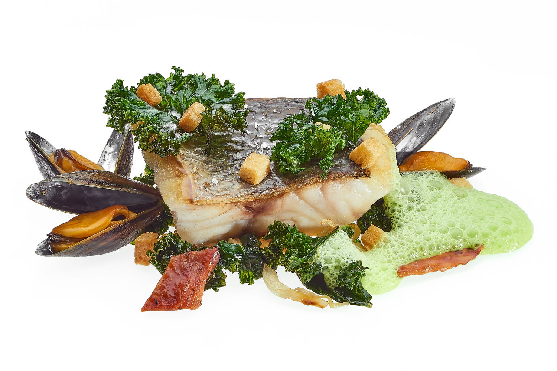 Seebarsch und Muschelteller vom Chefkoch des Chandolin Boutique Hotels