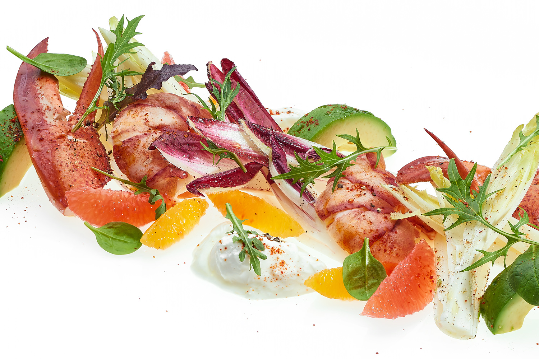 Krabben- und Avocado-Vorspeise à la carte im Chandolin Boutique Hotel in der Schweiz