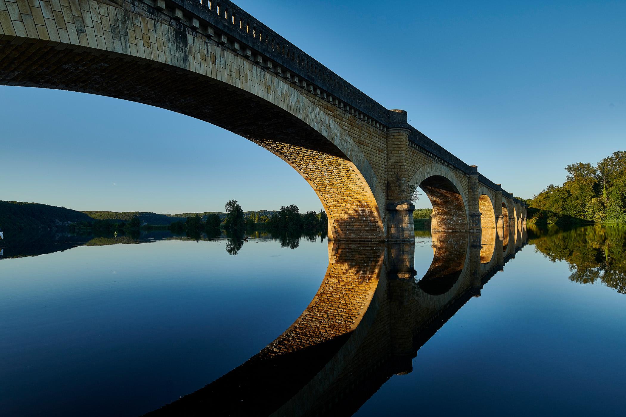 die Brücke über die Dordogne bei Mauzac - Fotografie für das Hotel la métairie in der Dordogne