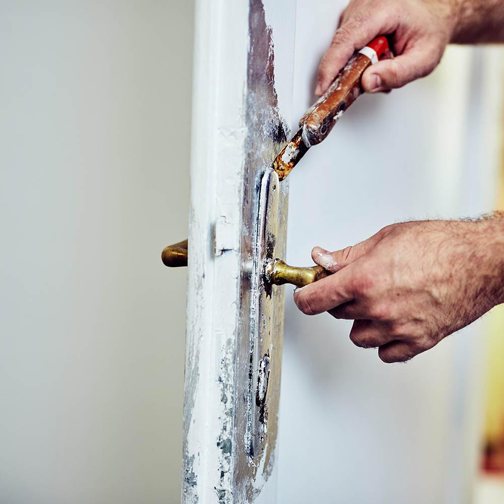 Renovering av dörr