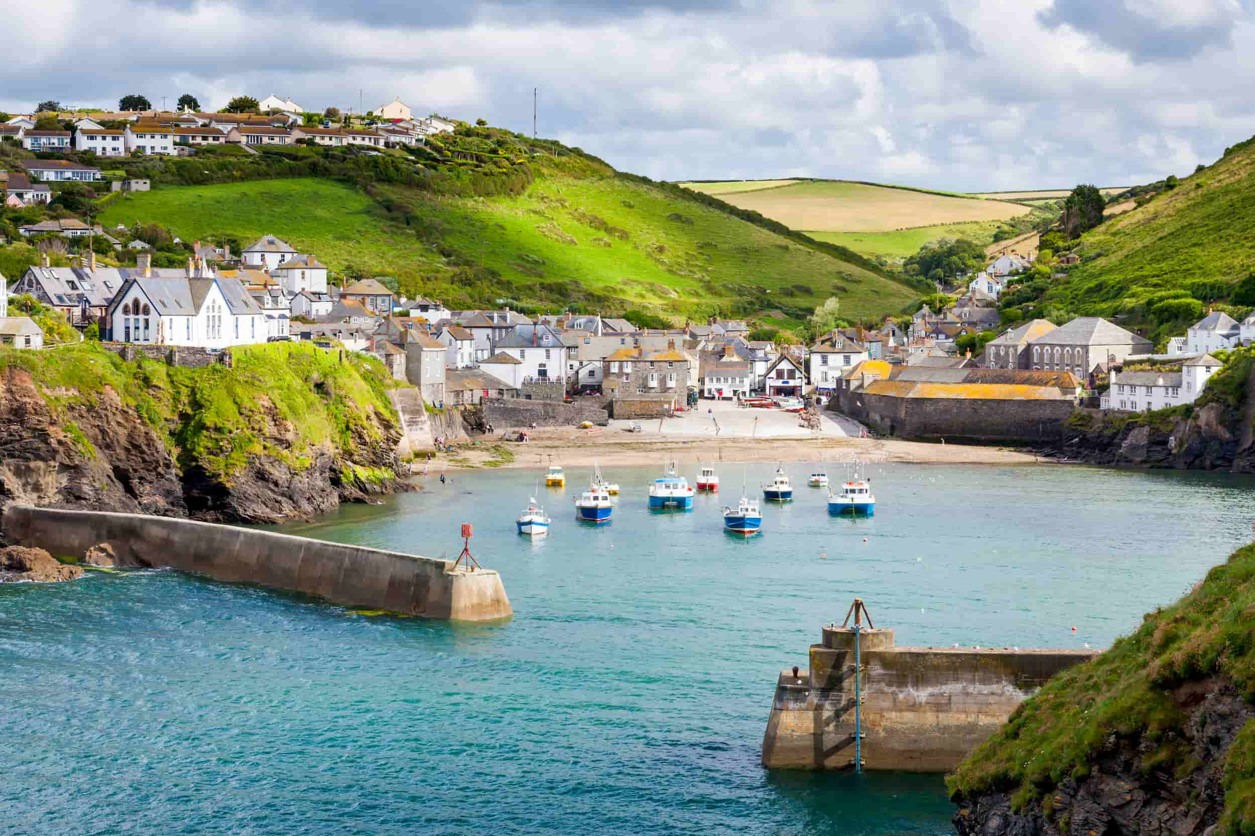 Port Isaac doc martin tours