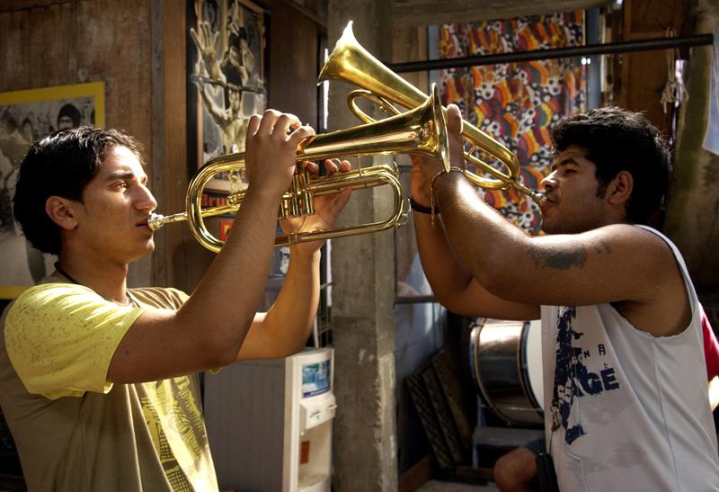 Goucha - Distent Trumpet