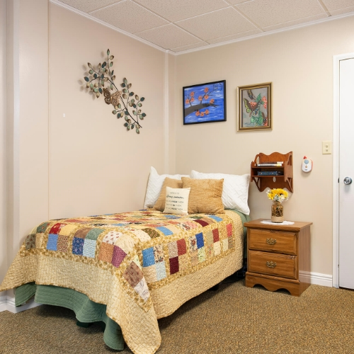 Independent Living Clay Center Presbyterian Manor Room