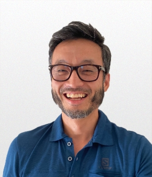 Michael Chang Account Group Director