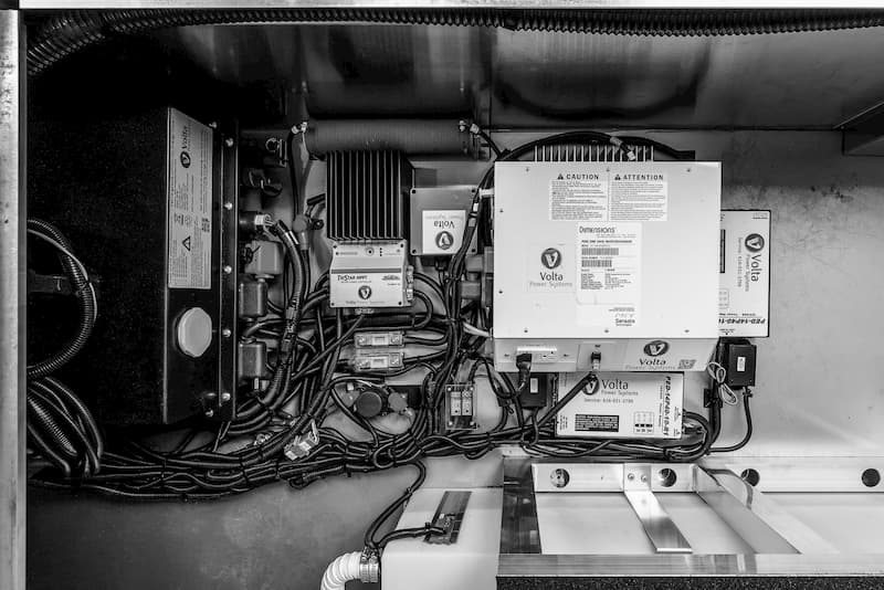 redundant power systems in an electric travel trailer