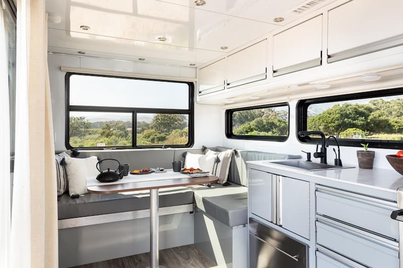 travel trailer dining room