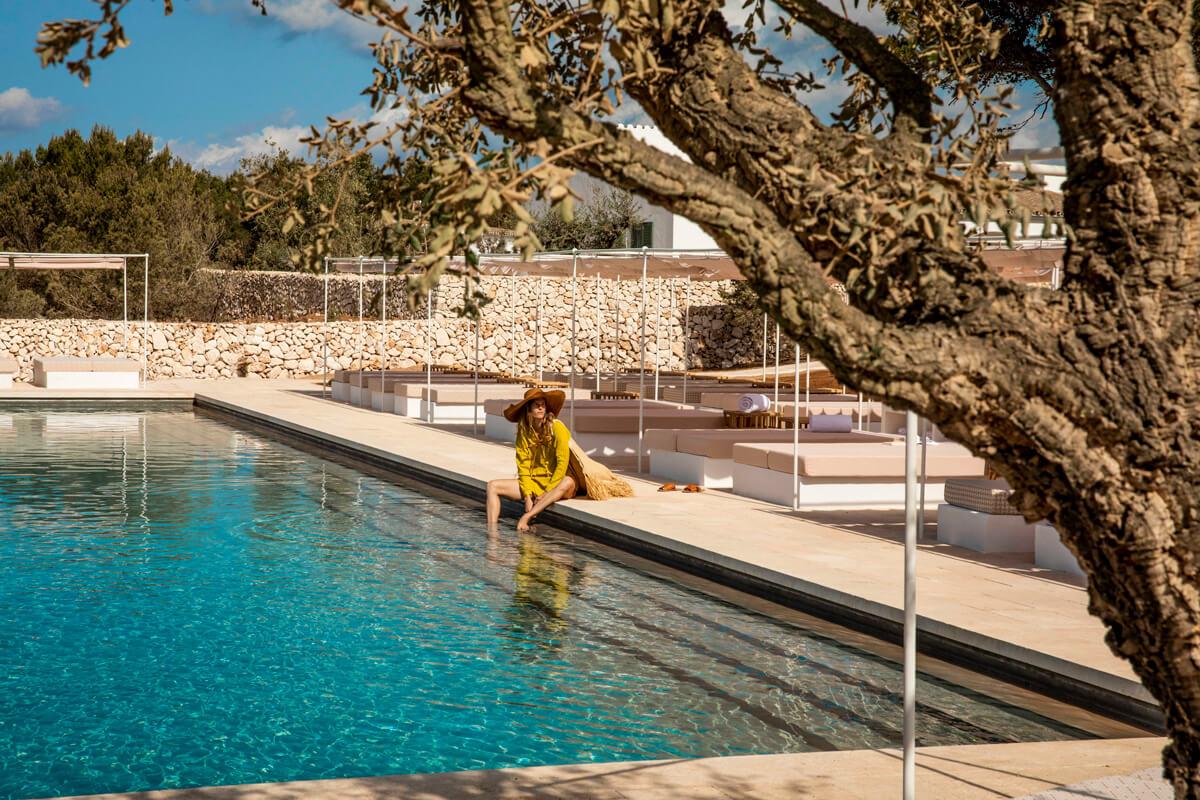 piscina del hotel experimental de menorca