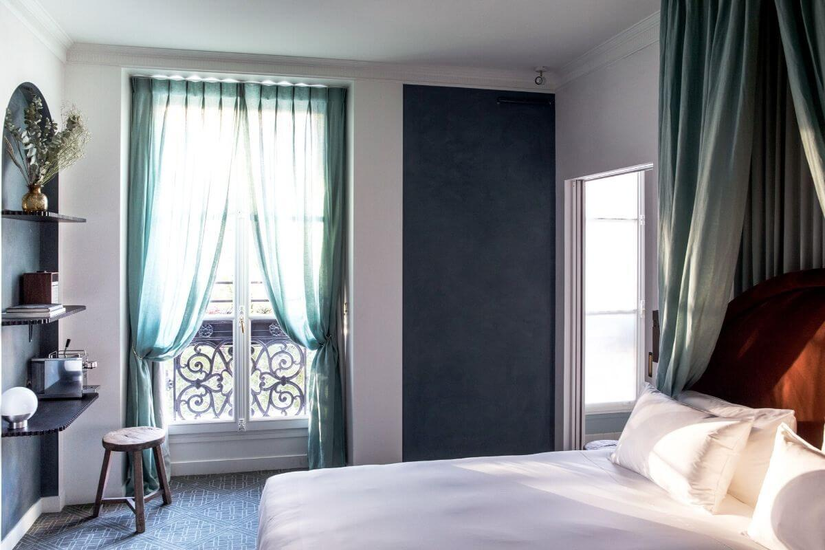 chambre uzes hôtel des grands boulevards paris 7