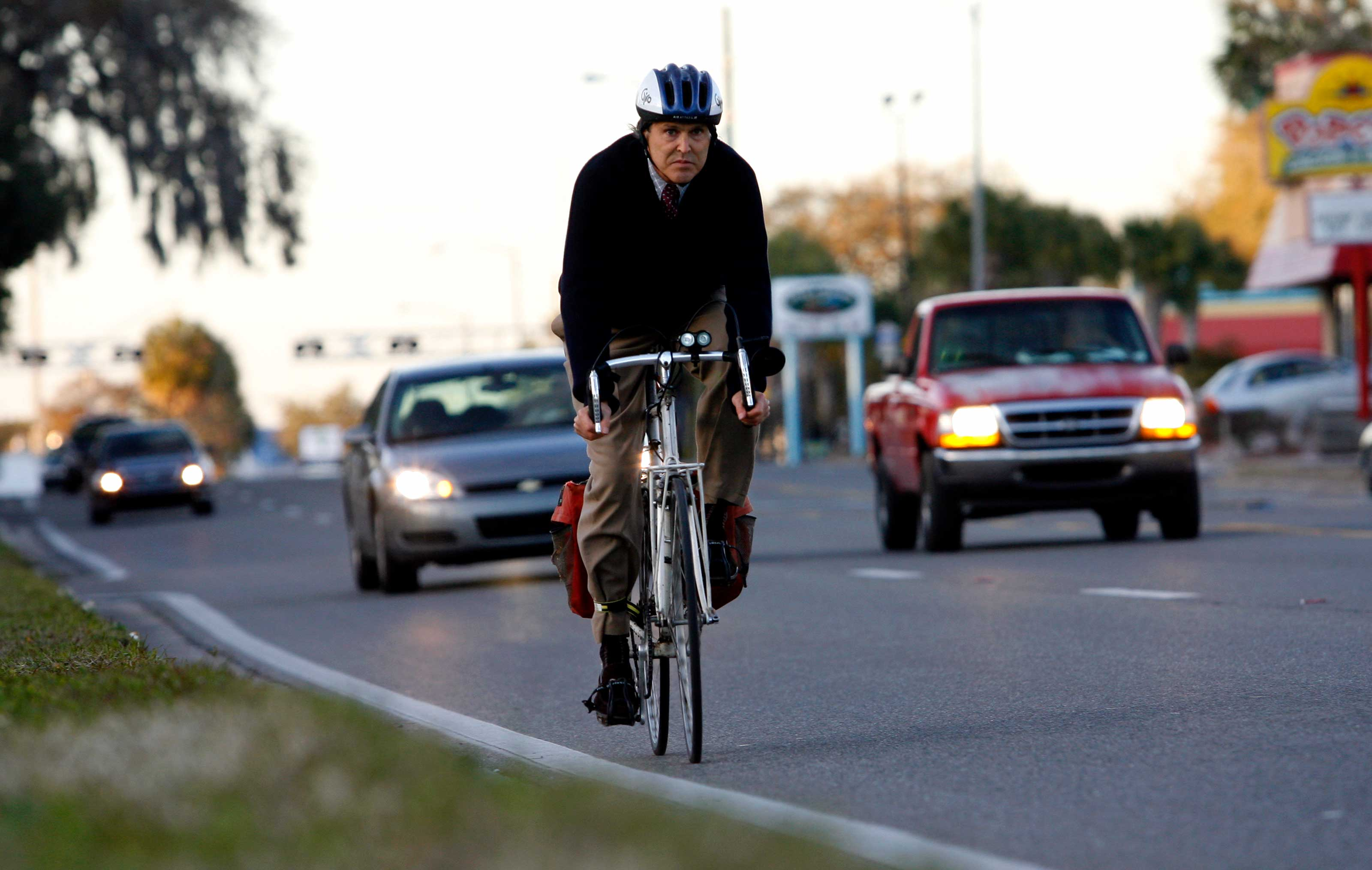 Why are Biking and Walking to Work Unpopular in Florida?