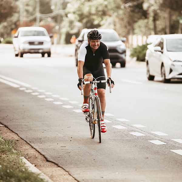 Motorists not sharing road with cyclist