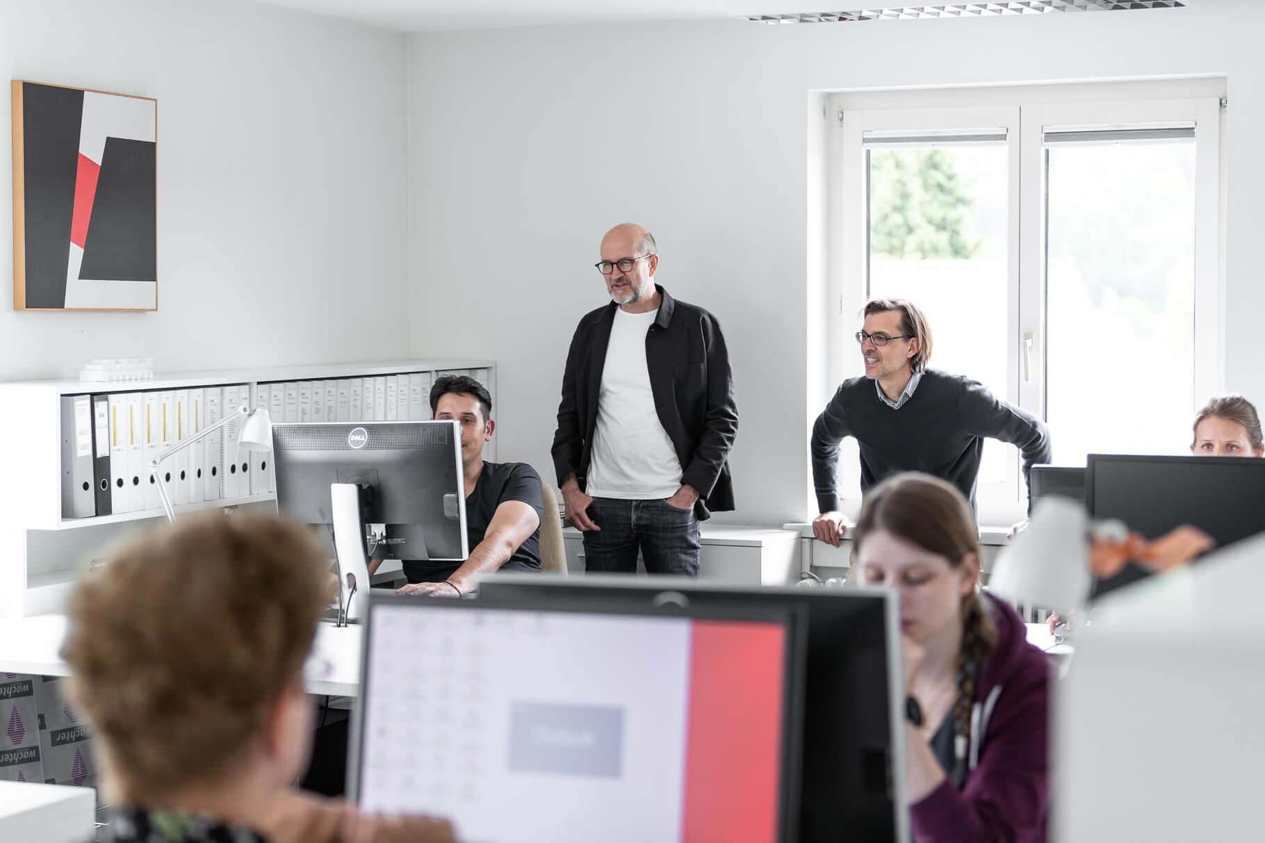 Ein Ausblick über den Arbeitsplatz von Lüscher-Lüscher Architekten