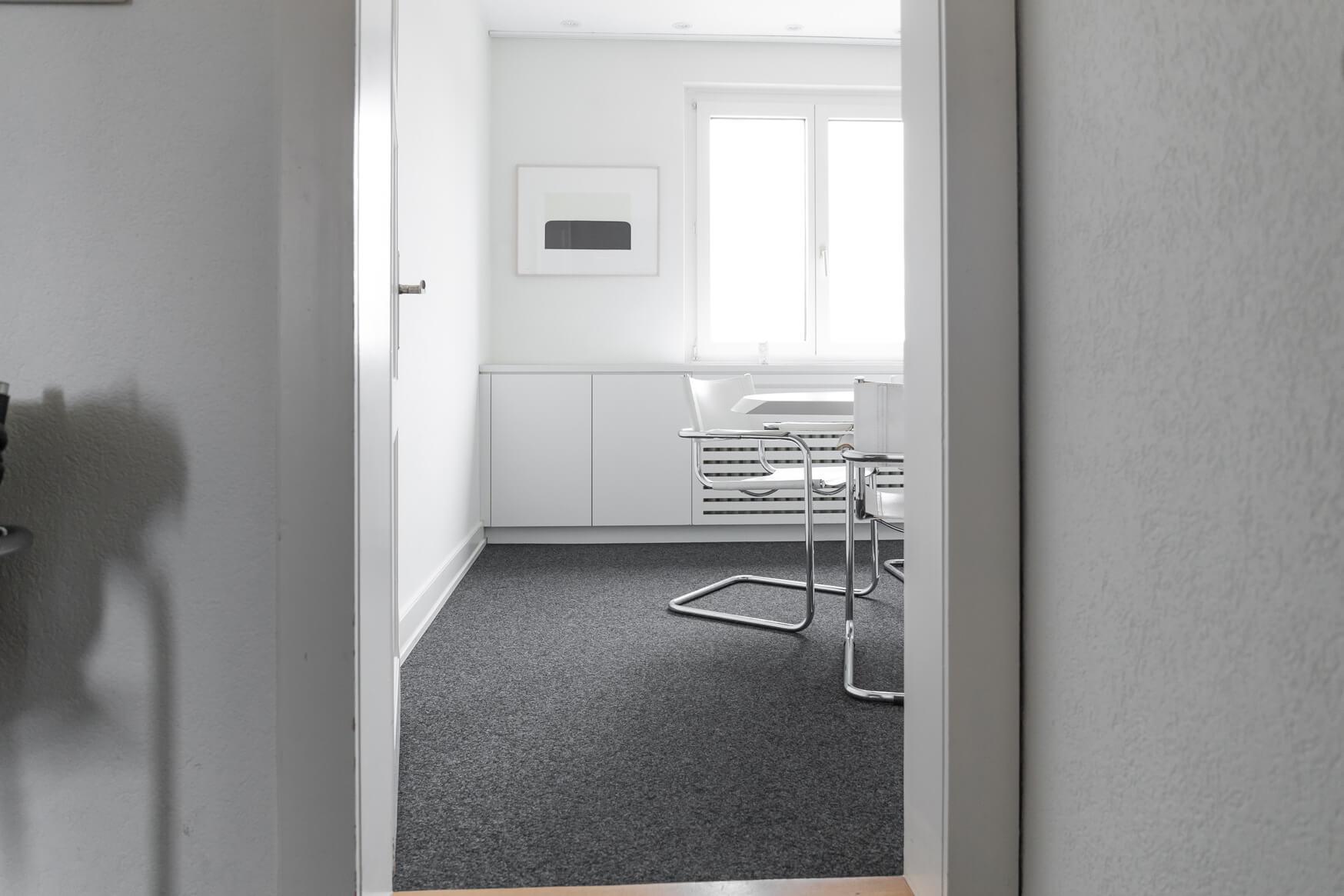das Sitzungszimmer des Architekturbüros Lüscher-Lüscher Architekten