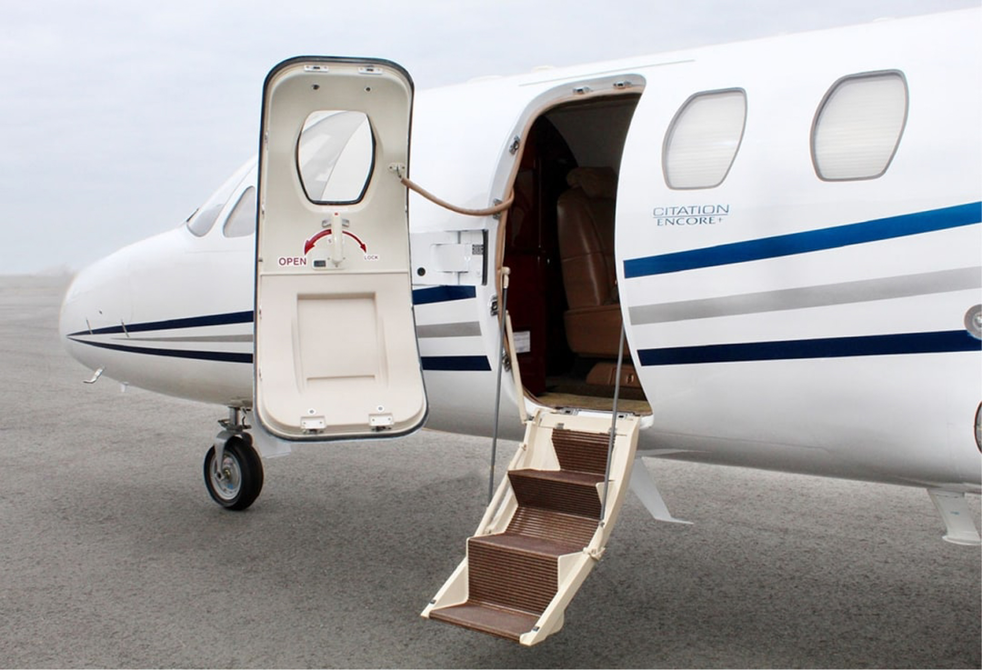 Private Jet Clubs   flyExclusive