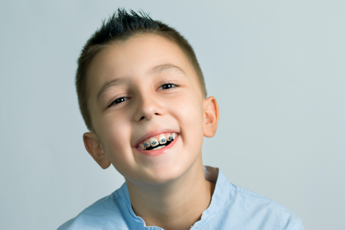 Smiling kid with no worries