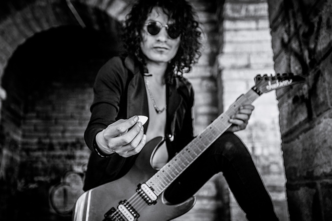 Cursos de Guitarra con Sander Alex