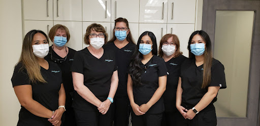 Our dental hygienists at Dental Image Therapy Centres, St. Vital location