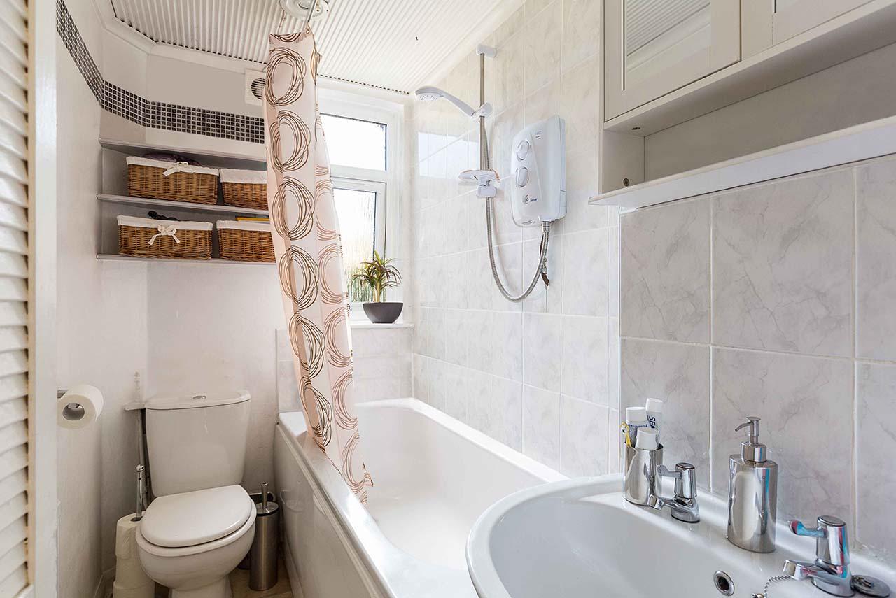 Declutter Bathrooms