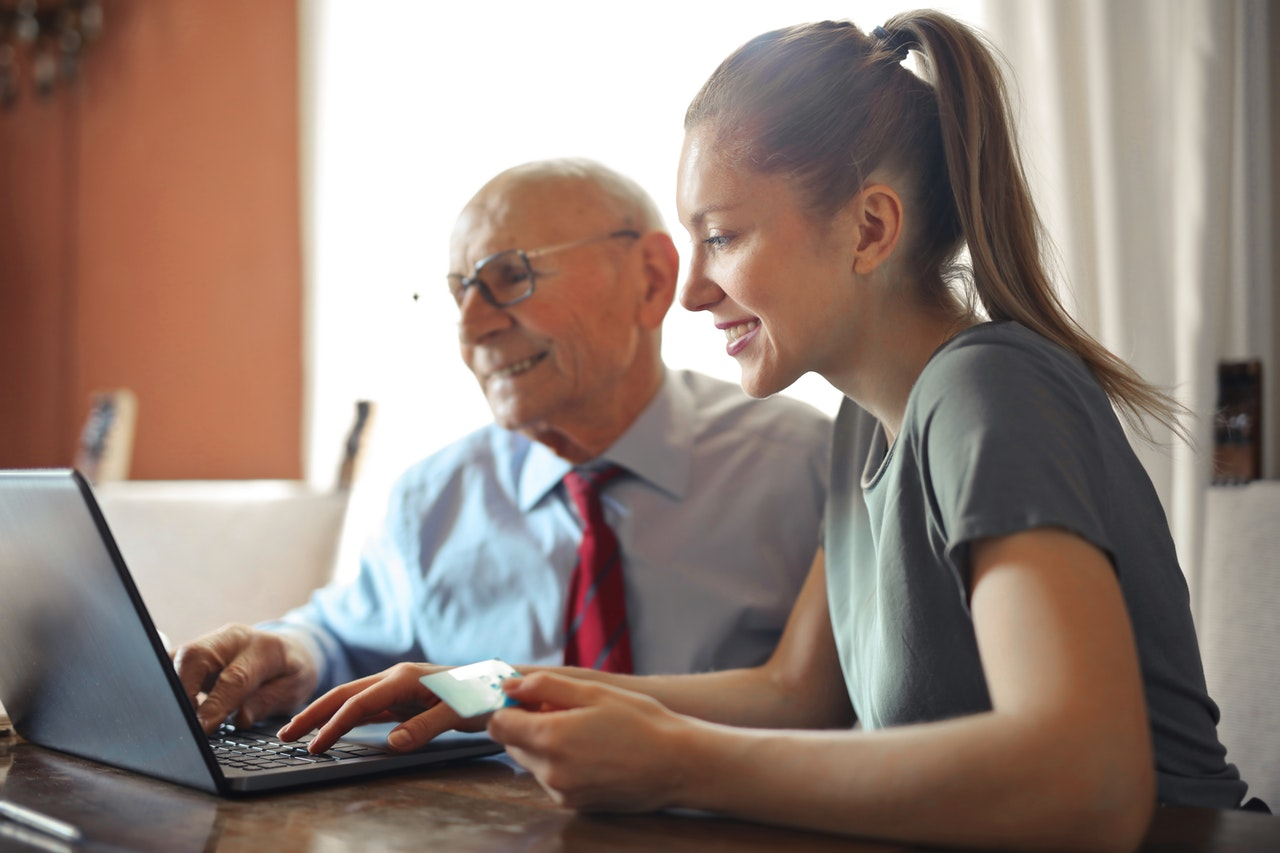 BluePrint CPA helping a senior with their retirement finances.