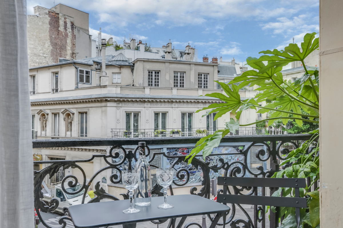 sopi balcony grand pigalle hotel paris3