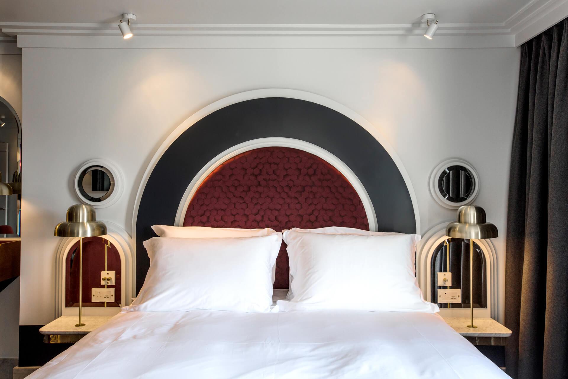 Grand London Eye Room henrietta hotel london